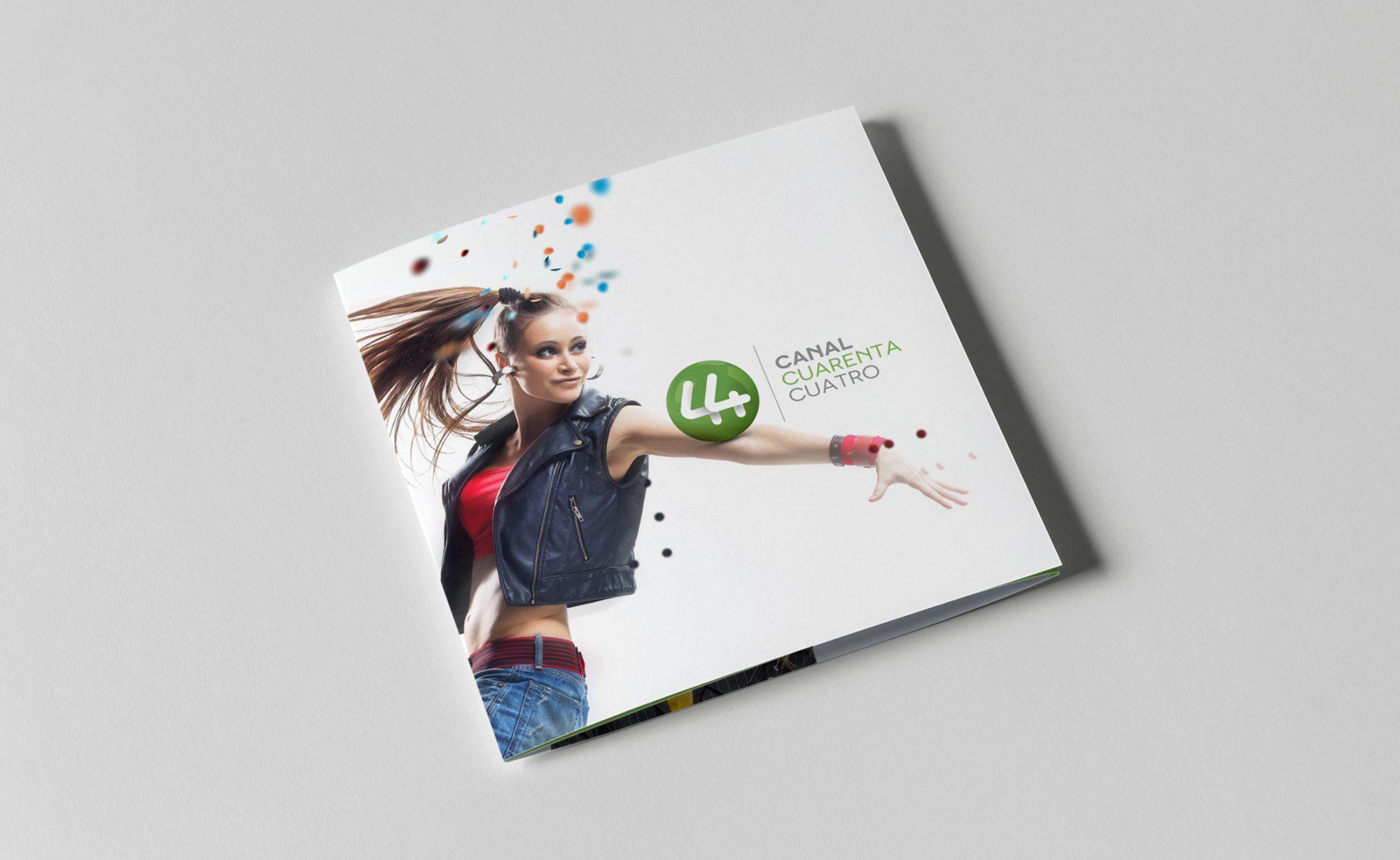 01_c44_impresos_catalogo_brochure_logo_guadalajara_buro3_publicidad